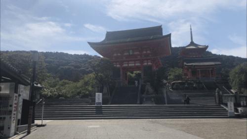 早朝の清水寺