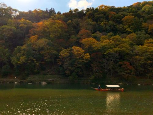 紅葉が彩る嵐山